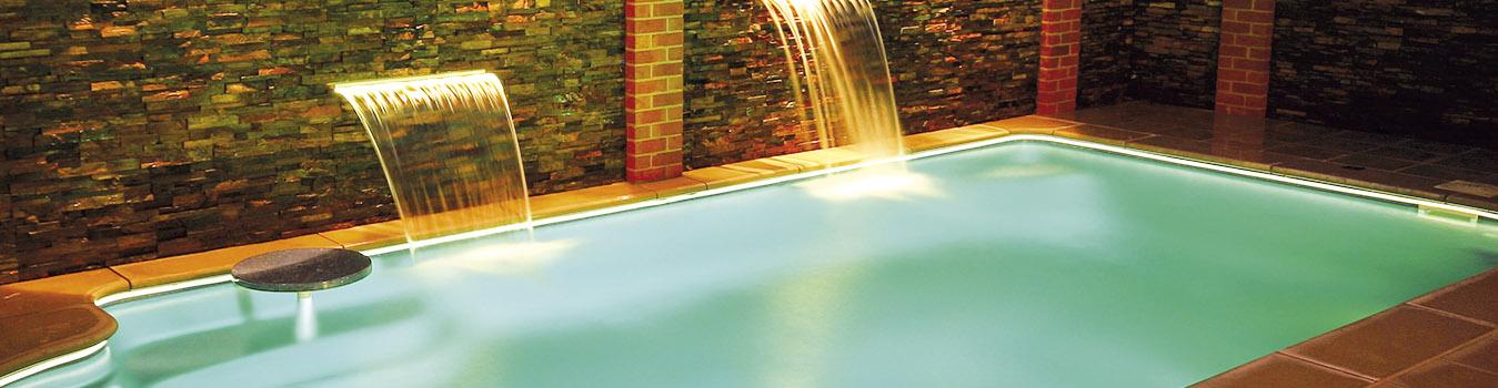 modelo de piscina de Freedom Pools Center